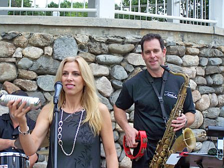 Amanda-Carr-with–Doug-Leaffer-at-the-Band's-Concert-at-Bartlett-Park